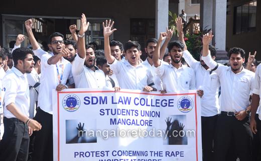 SDM-protest3