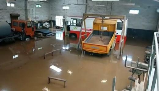 floods.j