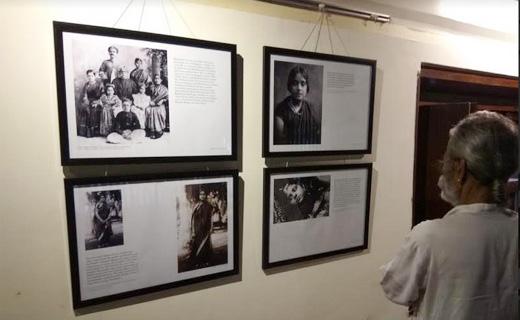 Photo-Exhibiti...
