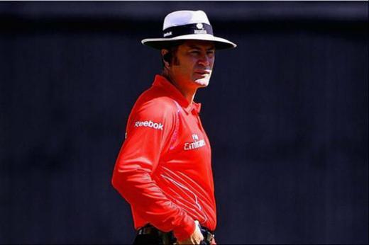 umpire15