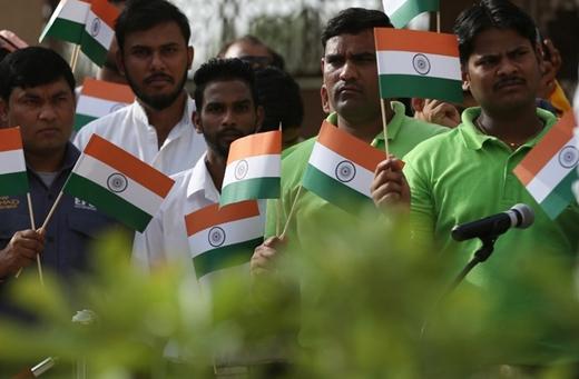 UAE-Inde-73-