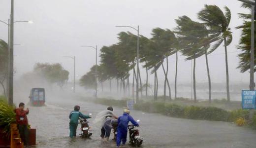 cyclone-Fani-o...