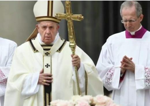 pope-prayer
