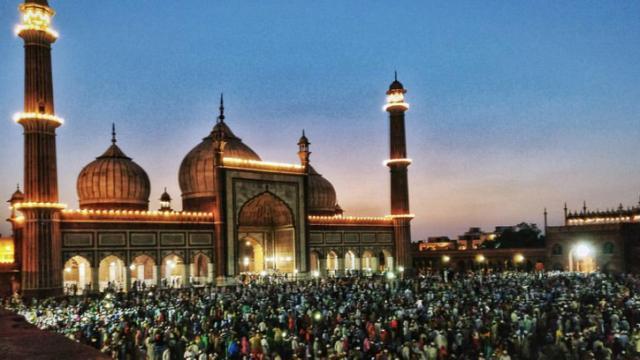 mosque22.jpg