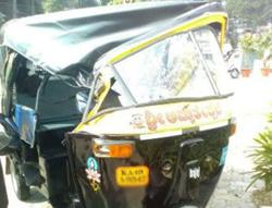 auto=accident1...