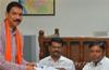 Mangaluru : BJP�s sitting MP Nalin Kumar Kateel files nomination