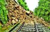Landslide in yadakumeri, Bangalore-Mangalore trains affected