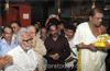 Veteran Congress leader Janardhana Poojary prays in Kudroli temple, atones for fault