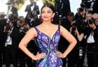 Aishwarya Rai�s Cannes Dress Took 3,000 Hours to creat
