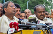 Two Independent MLAs withdraw support from Karnataka government