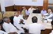 Congress-JDS MLAs meet Karnataka Governor after tendering their resignations