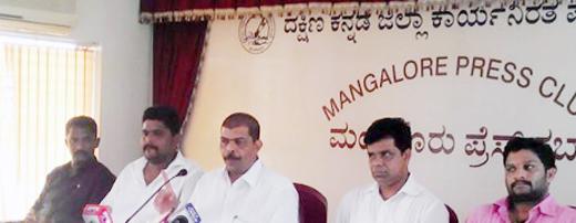 Minister UTK indulging in unbecoming activities - Vedike