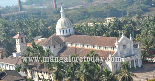 Rosario Cathedral, Mangalore