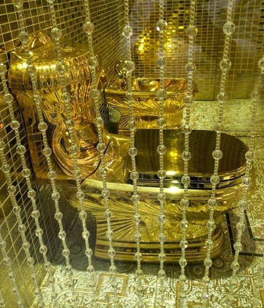gold-n-toilet-...